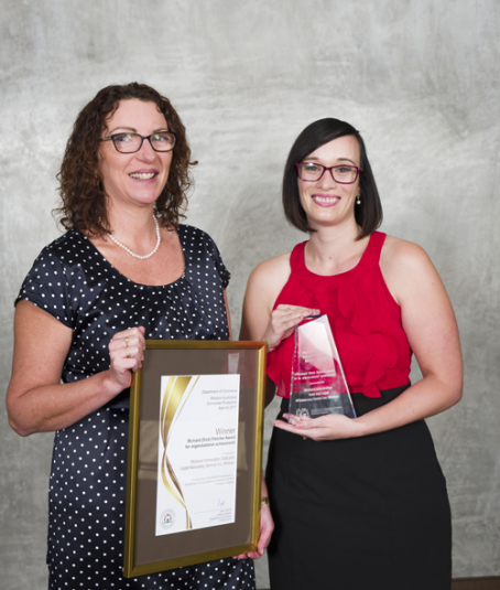 Justine Clarke and Megan Butt from Midland Information Debt and Legal Service - Richard Fletcher Award winner 2017